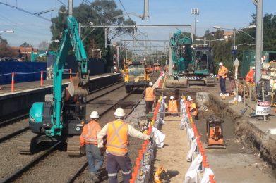 ETTT - Relocation of Culverts using 13ton Excavators, 300ton Crane