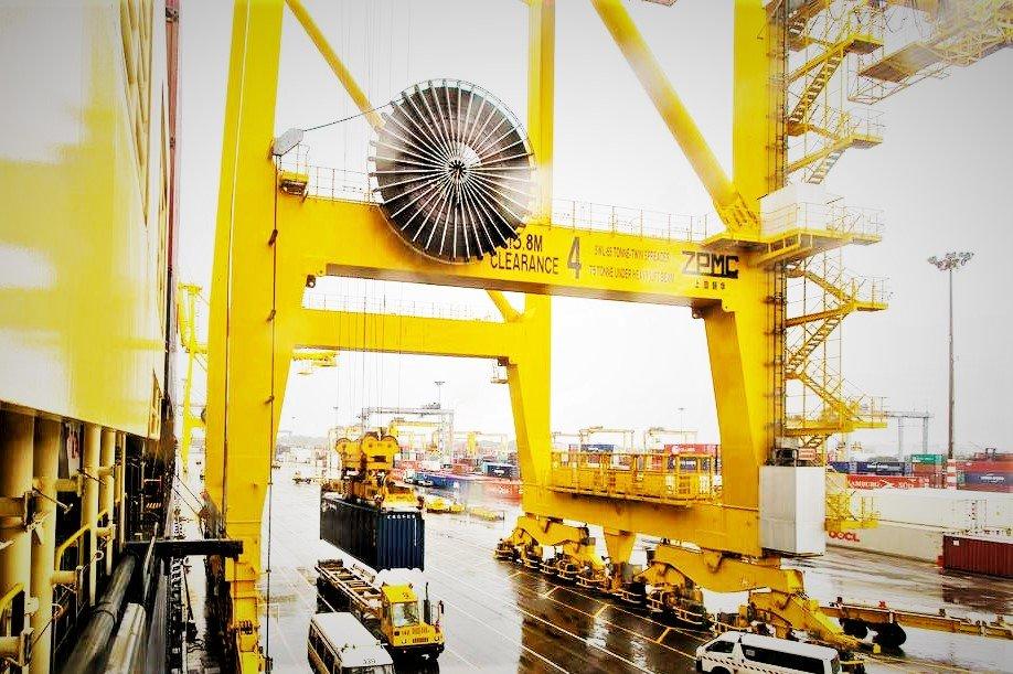 Shift Loads Using Bridge or Gantry Crane